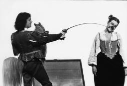 """Dans """"Dom Juan"""", mis en scène par Philippe au Théâtre du Soleil, en 1977"""